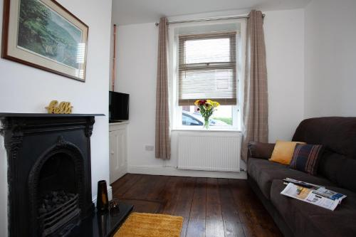 . Spacious 3 bedroom Cottage in Whalley