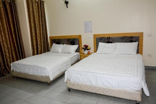 Duc Quang Hotel, Tây Hồ