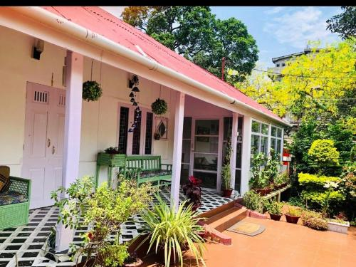. The Bhowmick's Bungalow
