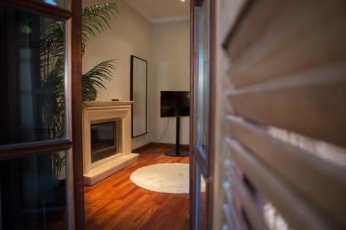 Suite with Terrace Posada Isabel de Castilla 20