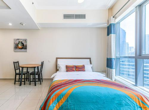 DHH -Come Home To A Cozy Studio in Bay Central Dubai Marina 5 Mins Walk to The Beach - image 12