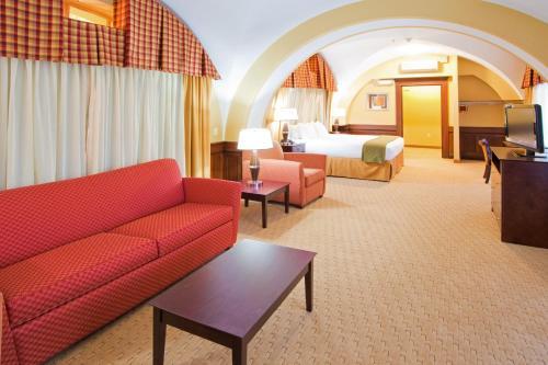 Holiday Inn Express Baltimore-Downtown Main image 1
