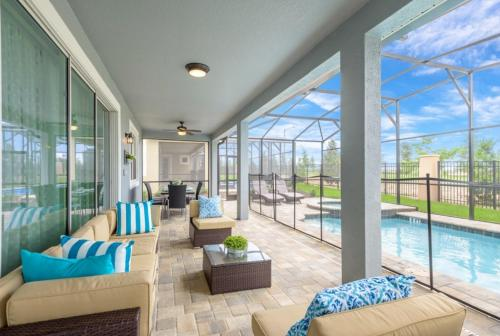 Amazing 6 Bedroom 5 Bathroom Solara Resort Villa Villa - image 7