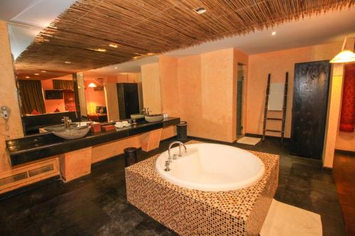 Uluwatu Suite with Free Benefit