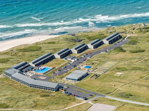 . 2 person holiday home on a holiday park in Hirtshals