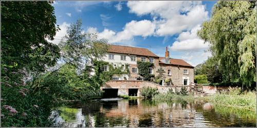 Hotel Sculthorpe Mill 1