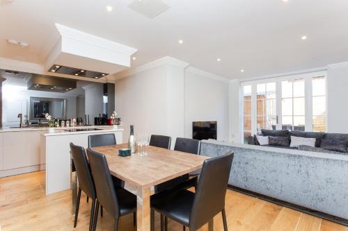 Luxury Duplex In New Development 17