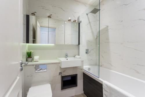 Picture of Luxury Duplex In New Development 17