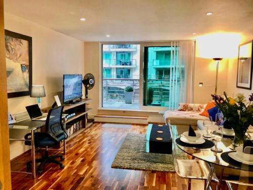 Contemporary Apartment St George Wharf Vauxhall