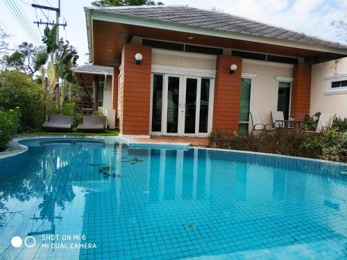3 Bed home 3 Bed home