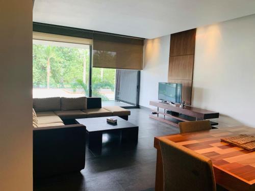 . Masterpiece Luxury 2 bedroom in highbrow Ikoyi