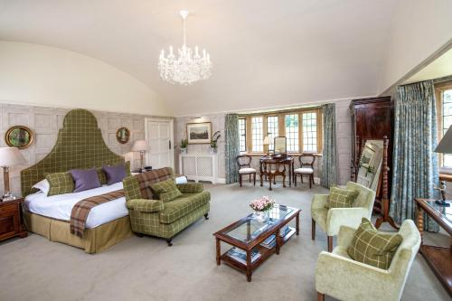 Buckland Manor - A Relais & Chateaux Hotel - Photo 2 of 59