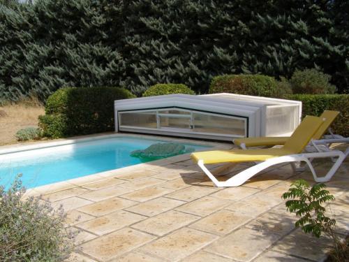 Maison provençale chaleureuse avec piscine - Location saisonnière - Mouriès
