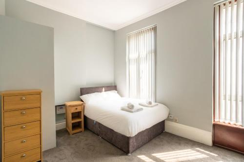 Superb 1 Bed Flat In Bayswater For 2 People