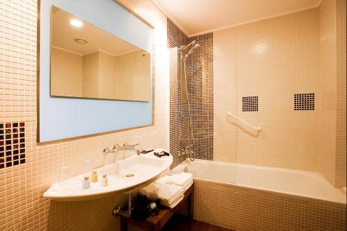 Doppel-/Zweibettzimmer mit eigener Terrasse Luces del Poniente 15