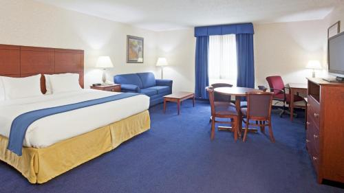 Holiday Inn Express Deforest - De Forest, WI WI 53532