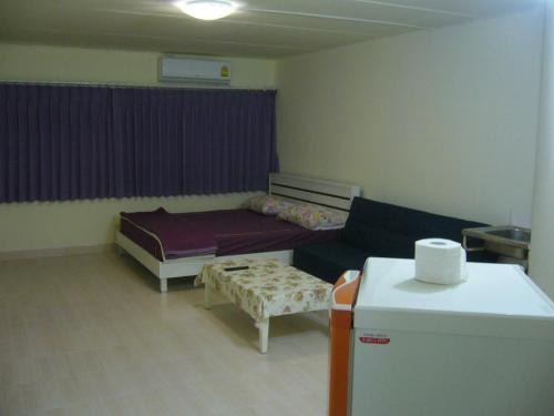 DMK Don Mueang Airport Guest House photo 25