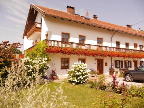 . Holzhauser Hof