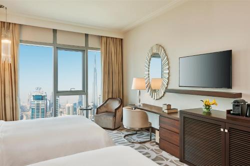 Hilton Dubai Al Habtoor City - Photo 6 of 100