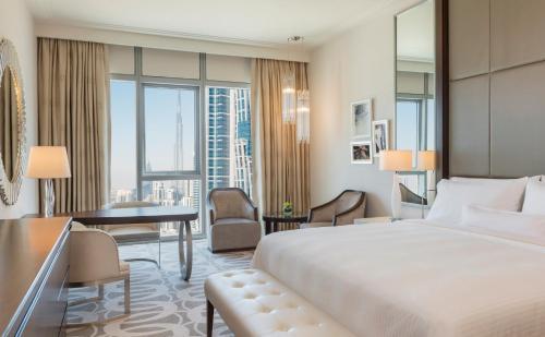 Hilton Dubai Al Habtoor City - Photo 4 of 100