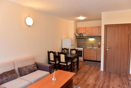 Cedar Lodge - Apartment - Bansko