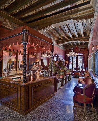 Cannaregio 5768, Venice, 30131.