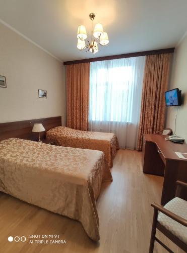 Derzhavniy Hotel - image 9