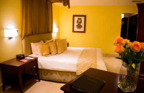Photo - Hotel Saratoga