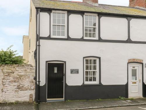 23 Chapel Street, Conwy