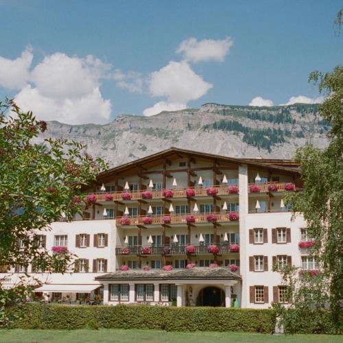 . Hotel Adula