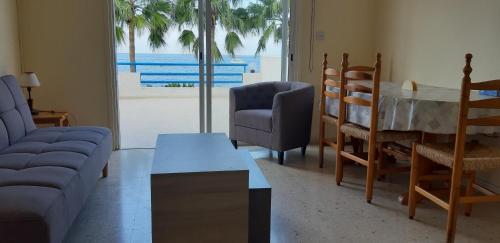 Amalia Apartments - Photo 4 of 27