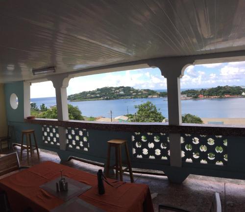 Harbour Vista Inn - Photo 4 of 70