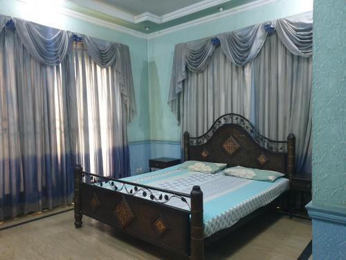 . Lahore Guest Inn