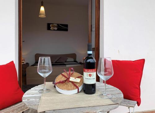 . Case Salvia e Rosmarino by Holiday World