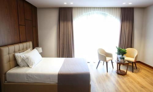 . Portik Hotel