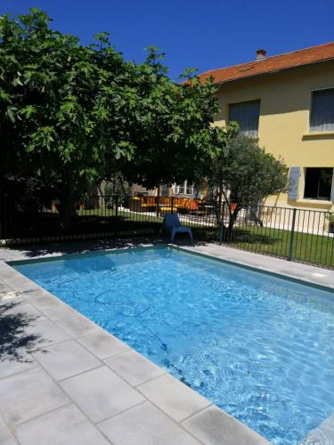 Villa contemporaine avec piscine privée, centre ville d\'Avignon, 8 personnes, LS6-284 TENDENCI