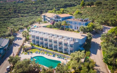 . Callinica Hotel