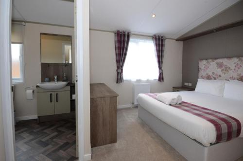 Lilac 08 Lodge, Malton