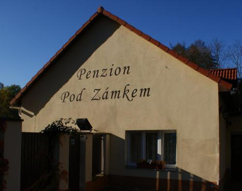 . Penzion Pod Zámkem