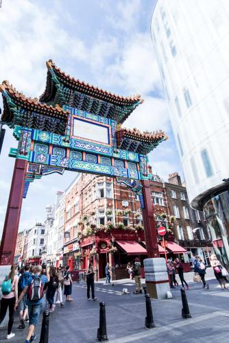 Old Compton 1 - Soho, Piccadilly Circus, Newly Refurbished Apartment