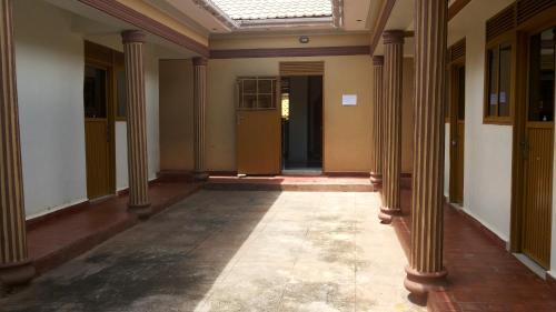 Hotel Bucolic Heritage, East Moyo