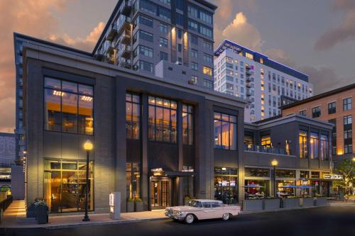 The Row Hotel at Assembly Row, Autograph Collection by Marriott - Somerville