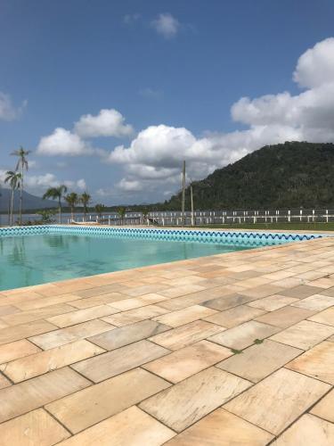 . Iate Clube Rio Verde - Ilha Comprida