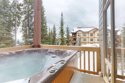Snowy Ridge 3 - Hotel - Big White