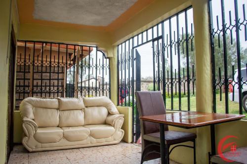 Stupendous Top 12 Kericho Vacation Rentals Apartments Hotels 9Flats Theyellowbook Wood Chair Design Ideas Theyellowbookinfo