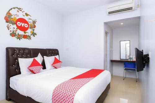 __{offers.Best_flights}__ OYO 632 Hotel Mulana