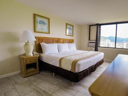 Waikiki Monarch Hotel - Honolulu, HI HI 96815