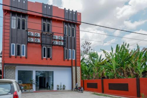 . RedDoorz near Taman Kota Kendari