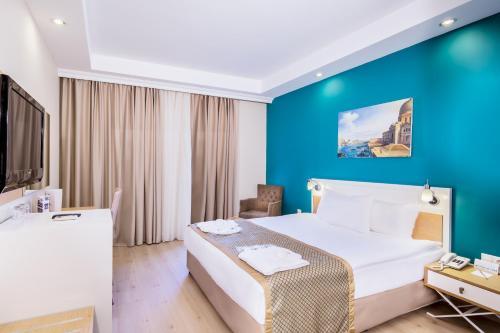 Crystal Green Bay Resort & Spa в Гюверджинлике, цены на проживание - Planet  of Hotels