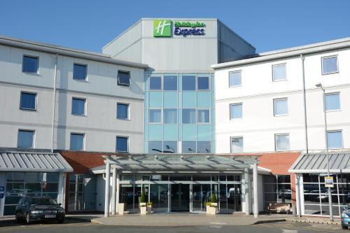 Holiday Inn Express Leigh - Sports Village, Leigh